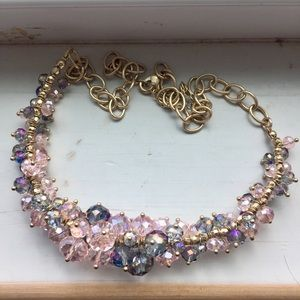 Jewelry - Lovely crystal necklace